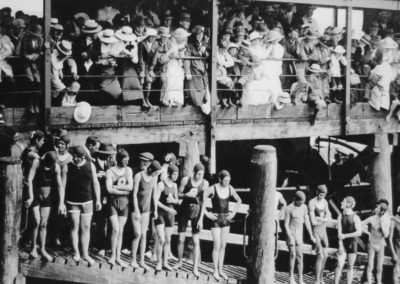 gallery_1917_henley_grange_long_swim_start